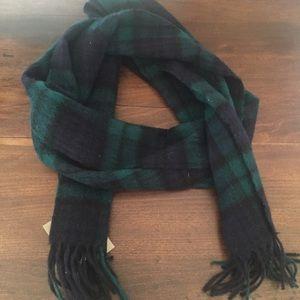 NWT wool scarf